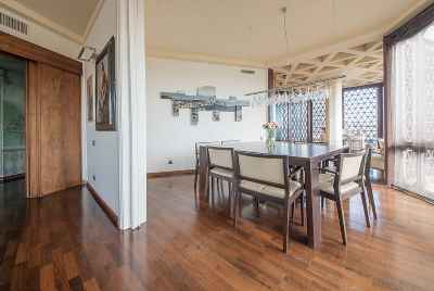 Exclusive apartment with a swimming pool in Pedralbes area of Barcelona